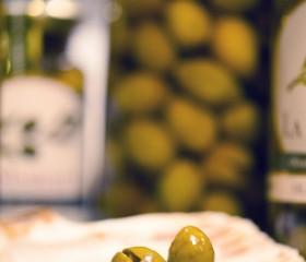 La Masrojana Trencada (hasított) olajbogyó 220 g üveg
